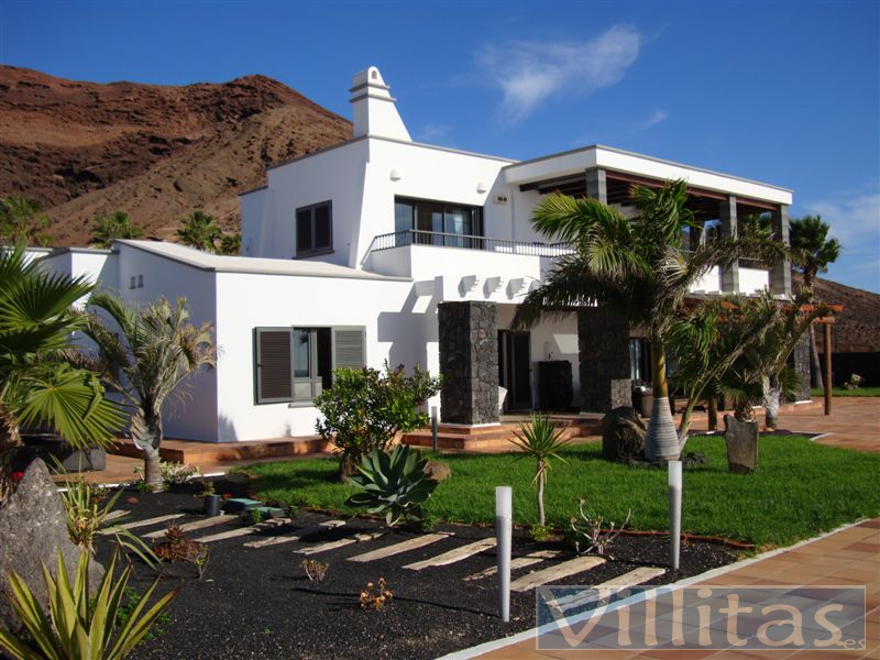 Exclusiva Villa de Lujo en Playa Blanca